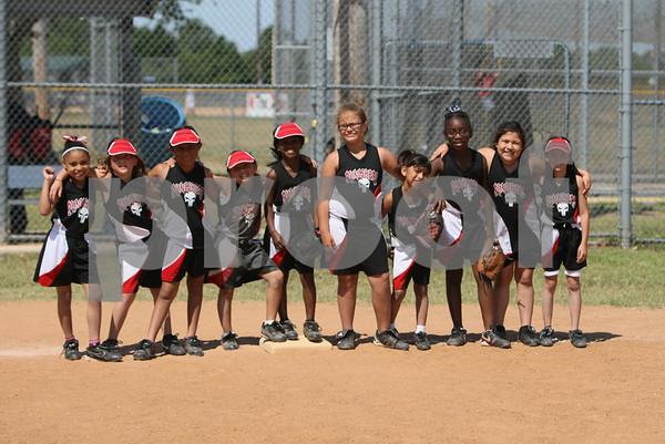 2011-05-15 Bayou Babes vs Groovie Girls